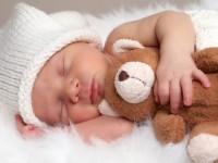 pozitia la somn 200x150 Pozitia corecta a bebelusului in timpul somnului