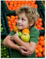 mancam fructe 157x200 Mancam fructe sau bem suc proaspat preparat?