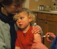 vaccinare ror 200x172 Bolile copilariei (IV) Oreionul