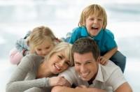 familie fericita1 200x132 Ce sanse ai sa folosesti celulele stem recoltate la nasterea copilului?