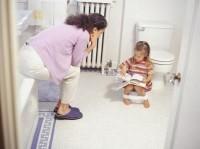 antrenamentul la olita 200x149 Copilul la 1 an si 11 luni