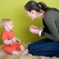 cum il inveti sa vorbeasca 200x200 Cum inveti copilul sa vorbeasca?