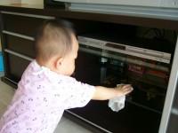 sterge geamul 200x150 Copilul la 1 an si 8 luni