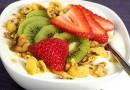 Idei de mic dejun sanatos pentru copilul de 1-3 ani