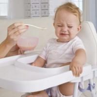 refuza mancarea 200x200 Gastroenterita la copii: enteroviroza si enterocolita