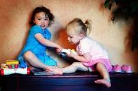 cearta 200x133 Copilul la 2 ani si 3 luni