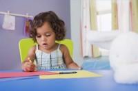 deseneaza 200x133 Copilul la 2 ani si 7 luni 2 ani si 9 luni