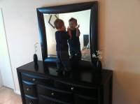 oglinda 200x149 Copilul la 2 ani si 6 luni
