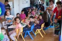 IMG 0056 200x133 Cum sa crestem copii autonomi si sanatosi